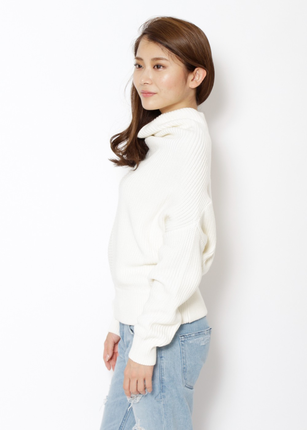 【最大80%OFF】変形ボトルネックKNIT|OFF WHITE|ニット|URBAN RESEARCH warehouse Tops&Outer