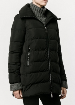 "LUXURY BRAND BUYING SELECT - 【MONCLER】【'17秋冬新作】""PETREA"" DOWN JACKET(海外買付のため約3~4週間後のお届けです)"