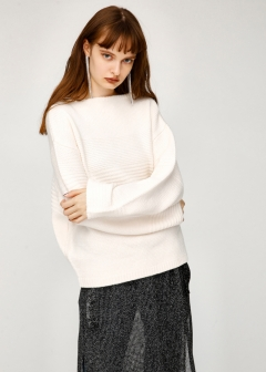 TUCK KNIT SWEATER