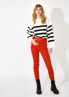 COLOR SKINNY PANTS