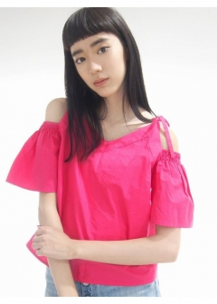 EMODA - OFF SHOULDER FLAIR TOP