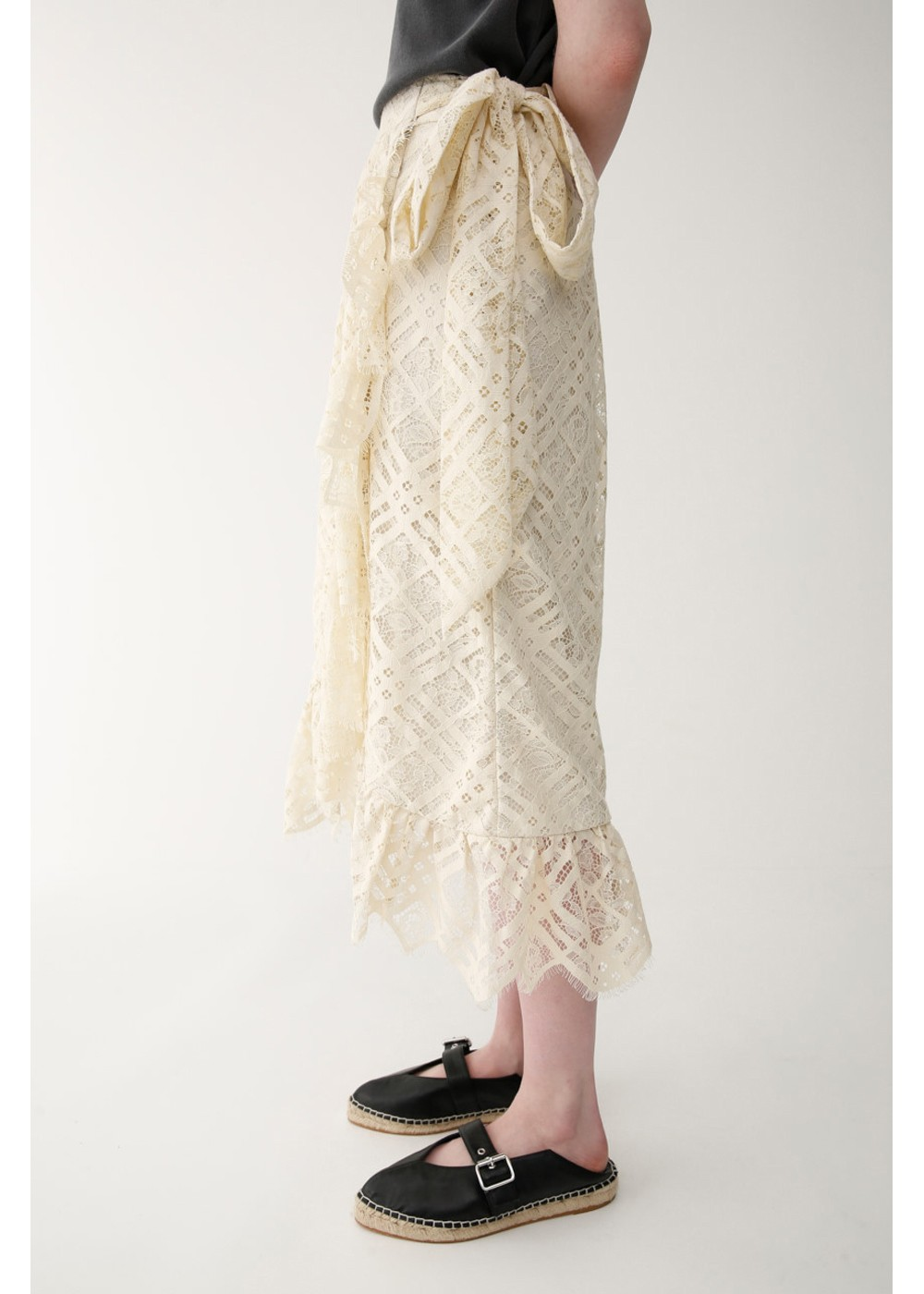 【最大70%OFF】LACE RUFFLE WRAP SKIRT|L/GRY|膝丈スカート|MOUSSY