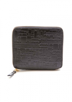 COMME des GARCONS - EMBOSSED LOGOTYPE WALLET