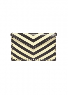 ROCKSTUD CHEVRON CLUTCH