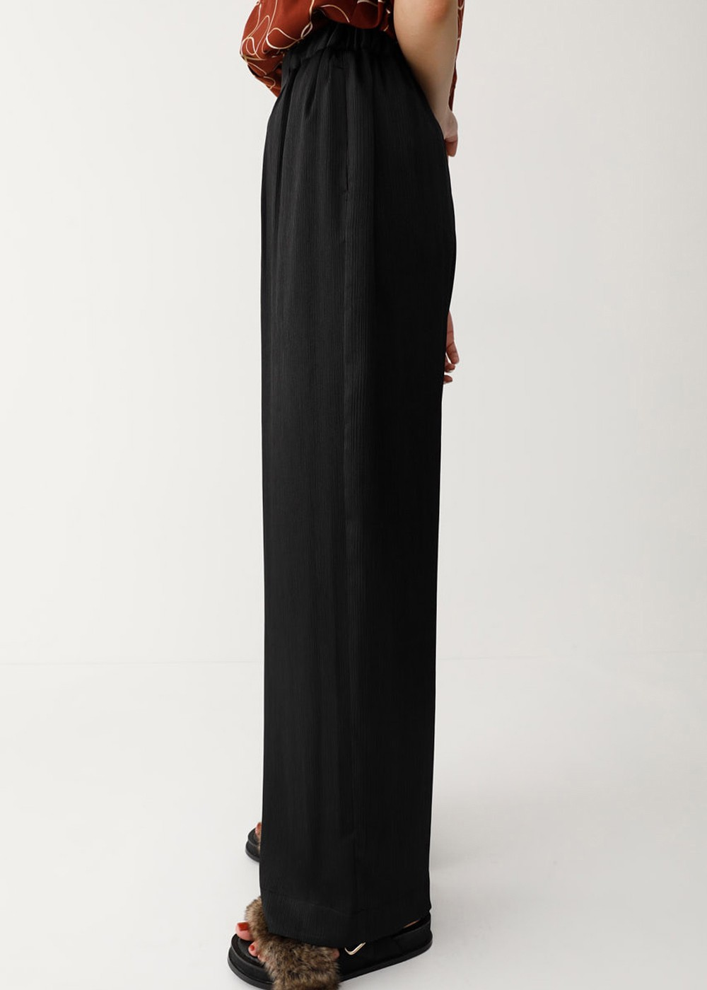 【最大70%OFF】NARROW PLEATS WIDE PANTS|BLK|ワイド|MOUSSY