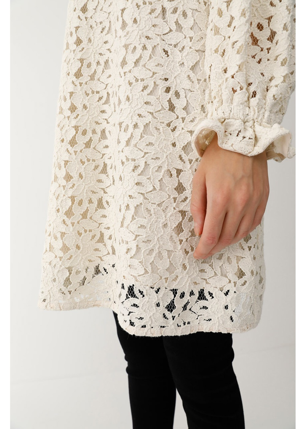 【最大60%OFF】VOLUME SLEEVE LACE MINI DRESS|IVOY|レディースワンピース|MOUSSY