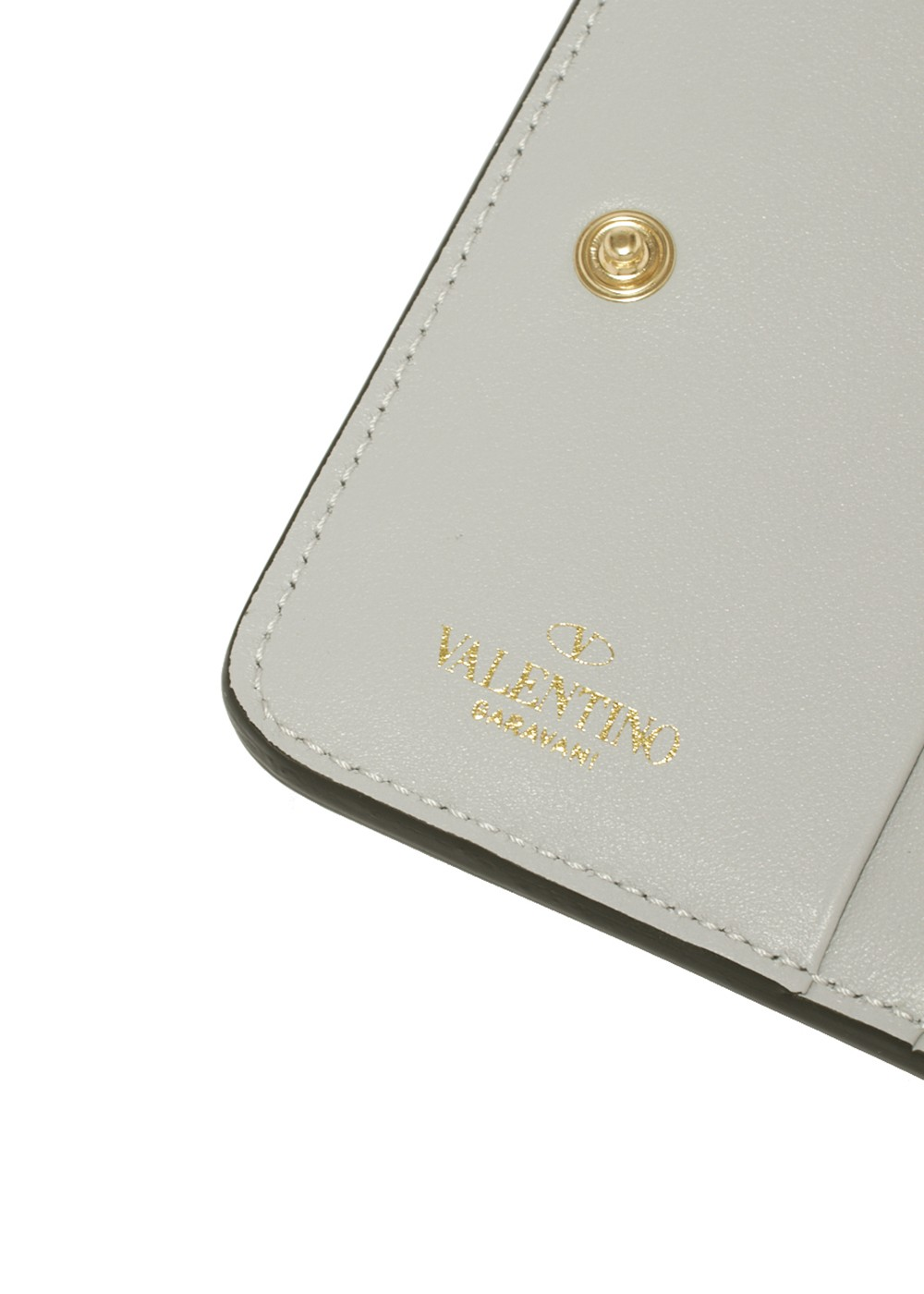【最大32%OFF】ROCKSTUD COMPACT ZIPPED WALLET|PASTEL GREY|レディース財布|VALENTINO_(TI)