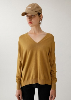DEEP V LOOSE KNIT TOP