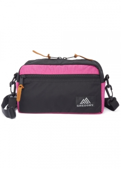 【最大31%OFF】【12/25入荷】PAD SHOULDER POUCH M|BLACK/FUCHSIA|ショルダーバッグ|GREGORY