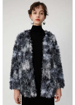 COLLARLESS CURLY FAUX FUR COAT