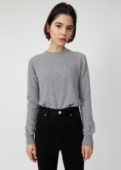COMFORT CREW NECK KNIT TOP