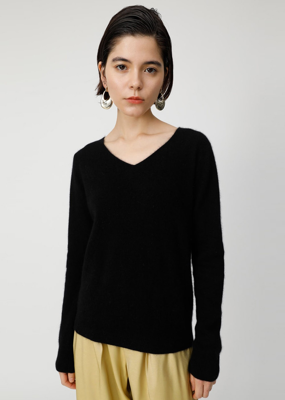【最大60%OFF】COMFORT V NECK KNIT TOP|BLK|ニット|MOUSSY