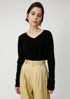 COMFORT V NECK KNIT TOP