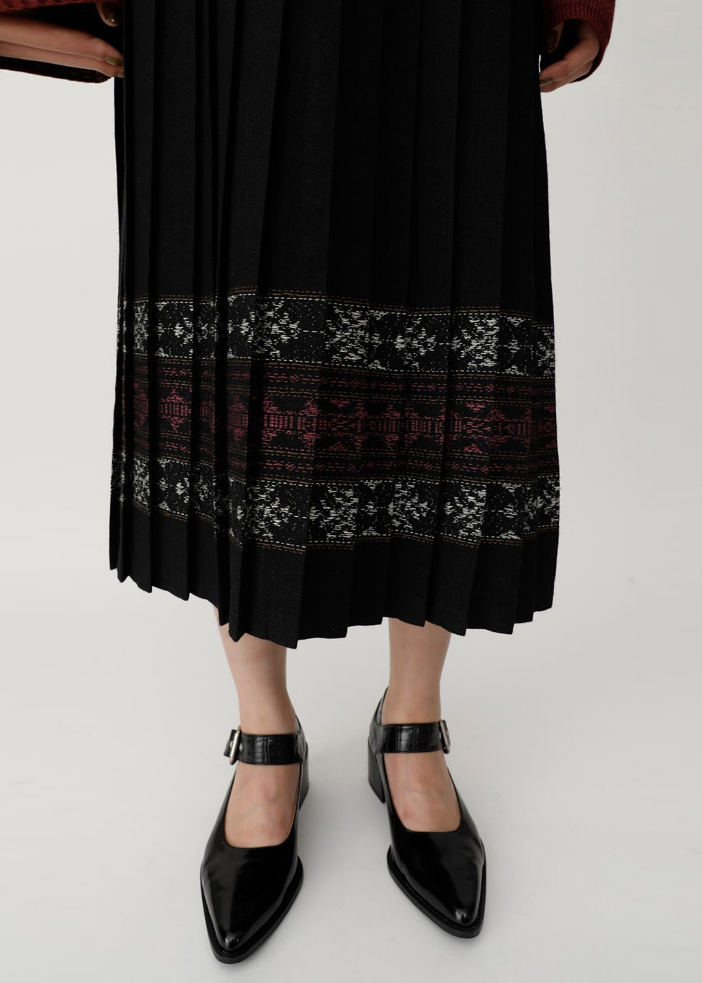 【最大60%OFF】PATTERN PLEATS SKIRT|BLK|ロングスカート|MOUSSY