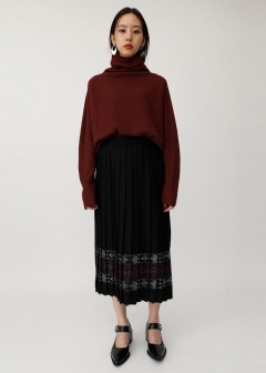 PATTERN PLEATS SKIRT
