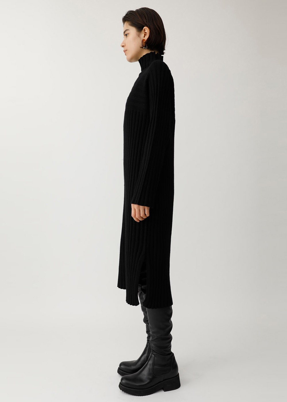 【最大60%OFF】SWITCHING RIB TURTLE DRESS|BLK|レディースワンピース|MOUSSY