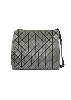 BAO BAO ISSEY MIYAKE - 【プライスダウン】ROW GLOSS CROSSBODY BAG