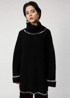 STITCHING KNIT TUNIC