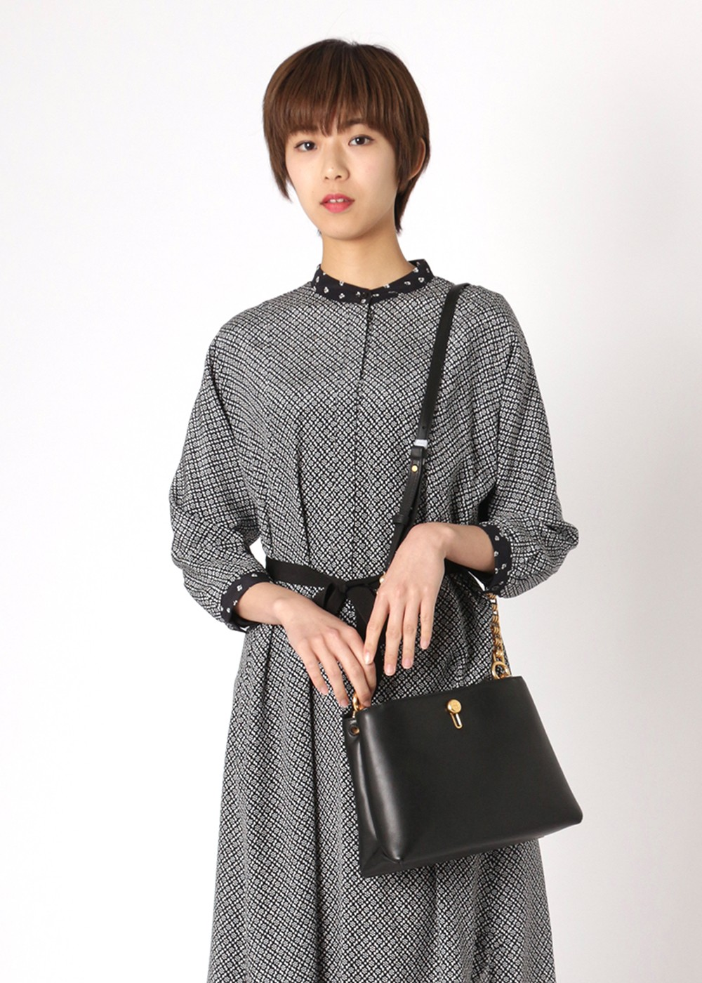 【最大48%OFF】LILY CHAIN CROSS-BODY|BLACK|ショルダーバッグ|Tory Burch