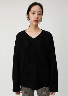 ROLL SLEEVE NECK KNIT