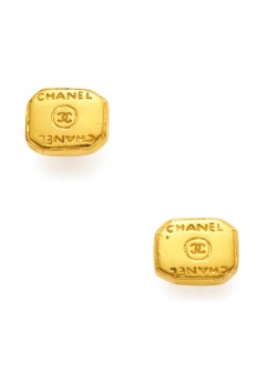 VINTAGE BRAND COLLECTION - 【4/17入荷】CHANEL ココロゴピアスGD 99A