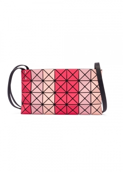 BAO BAO ISSEY MIYAKE - 【6/3入荷】PRISM STRIPE CROSSBODY