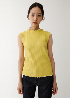 SLEEVELESS MELLOW TOP