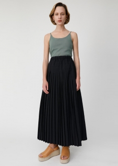 BACK RIBBON PLEATS SKIRT
