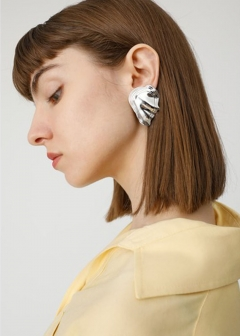 【最大70%OFF】PADINA MOTIF EARRINGS|SLV|イヤリング|MOUSSY
