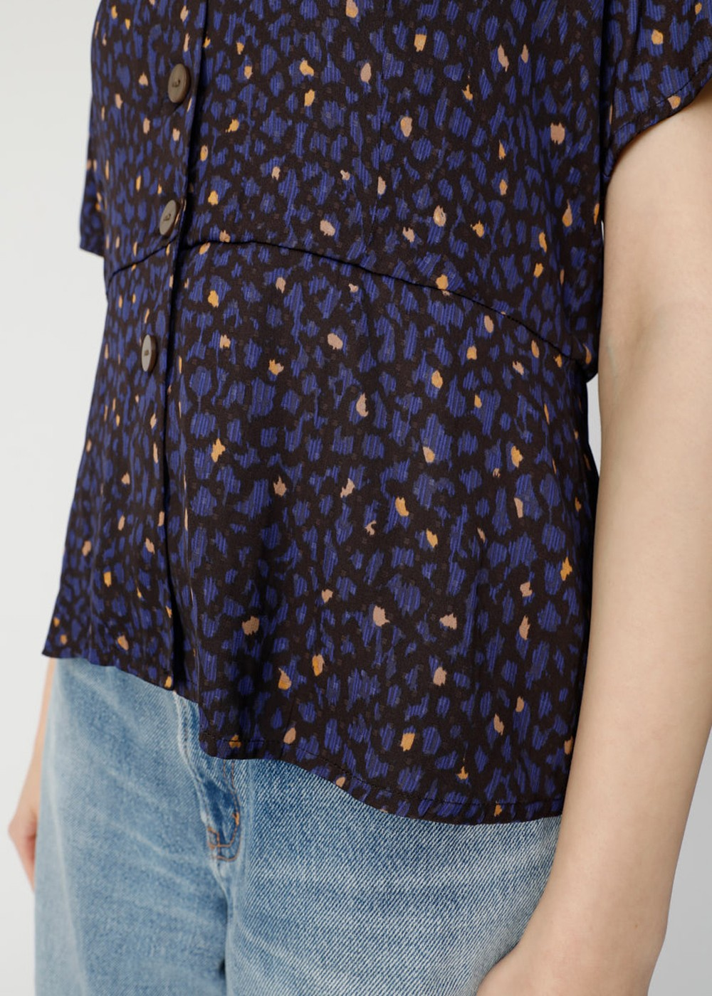 【最大70%OFF】ABSTRACT PATTERN BLOUSE|柄NVY|ブラウス|MOUSSY