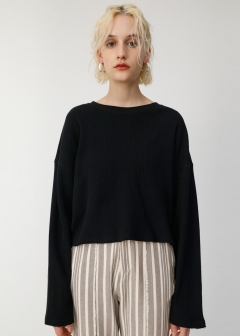 WIDE SILHOUETTE TOP